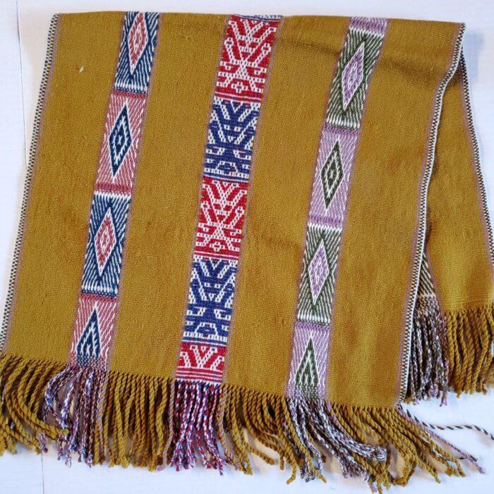 runner-shawls-68