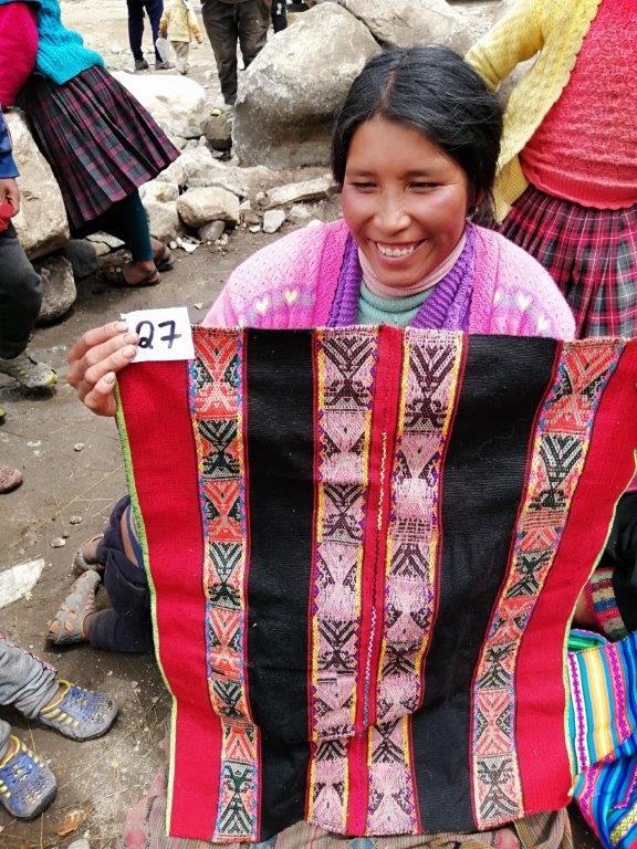 Yeniba weaver